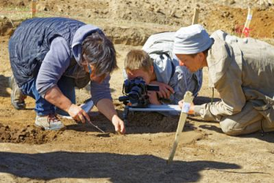Archaeologists With a Discovery
