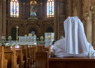 Deaths of Catholic Nuns Due to COVID-19